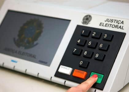 JF/DF bloqueia fundos eleitoral e partidário e autoriza uso para combate ao coronavírus