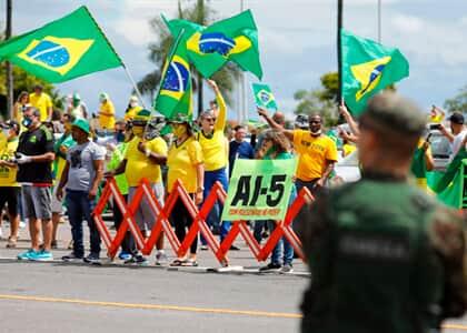 PF cumpre mandados por ordem de Moraes em inquérito que apura atos contra a democracia