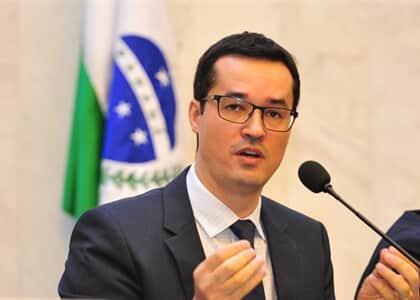 """CNMP aplica advertência a Dallagnol por chamar ministros do STF de """"panelinha"""""""
