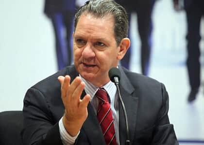 Ministro Noronha: Decisão do STF sobre prisão em 2ª instância não implica soltura imediata de presos