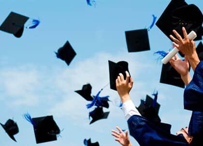 MEC autoriza antecipação de formatura a alunos da área de saúde