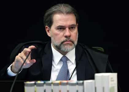 Toffoli entende que Moro tentou burlar entendimento do STF e suspende ação contra Guido Mantega