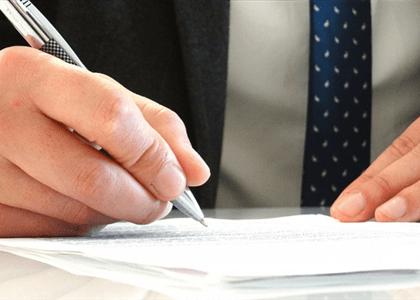 Violar prerrogativas de advogados passa a ser crime