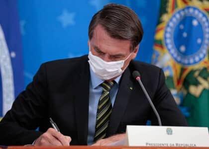 MP de Bolsonaro permite suspensão de contrato de trabalho por 4 meses