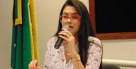 MP considera ilegal canal de denúncias contra professores e pede condenação de deputada