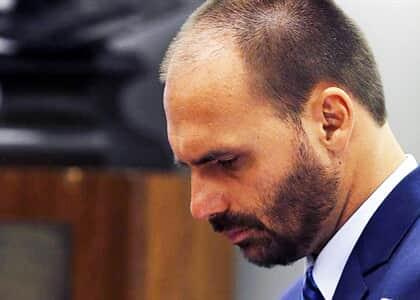 Gilmar nega pedido de Eduardo Bolsonaro e mantém CPI das fake news
