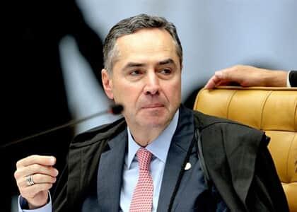 Barroso determina que governo complemente plano para conter covid-19 em tribos indígenas