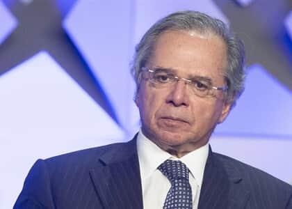 Defesa de Paulo Guedes rechaça ação do PDT que alega interferência na operação Greenfield