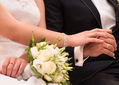 Noivo será indenizado após comprar joia e usar bijuteria no casamento