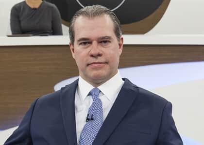 """Democracia tem que ser defendida permanentemente"", diz Toffoli no Roda Viva"