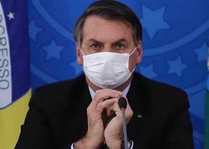Bolsonaro edita MP com regras sobre reembolso de passagens aéreas