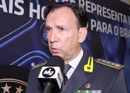 """""""Na Itália, toda a família ligada ao delator é protegida"""", explica membro de polícia especial italiana"""