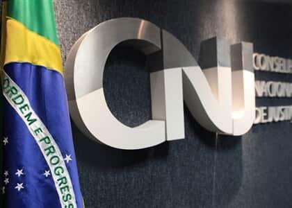 Ajufe critica orientação do CNJ para que tribunais cumpram ordens mesmo com decisão judicial contrária