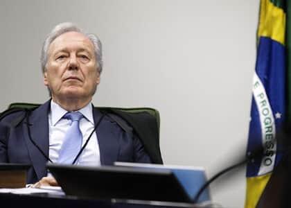 Lewandowski determina cumprimento de sua decisão que permitiu entrevistar Lula