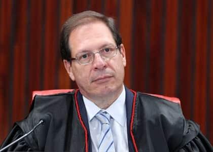 Ministro Salomão nega liminar para destinar Fundo Partidário ao combate à covid-19