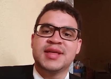 Advogado que pediu emprego no semáforo em Brasília fala ao Migalhas