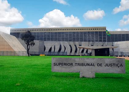 STJ: É crime declaração falsa em pedido de residência de estrangeiro