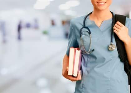 Estudantes de medicina da BA não poderão antecipar formatura