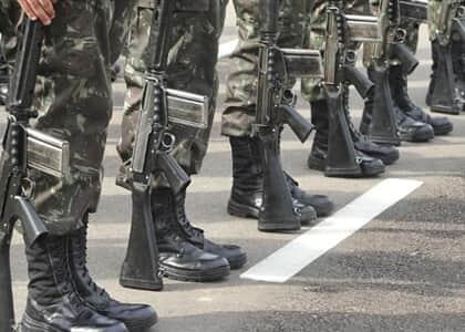 Tribunal estadual não pode declarar reforma compulsória após perda de posto e patente de militares