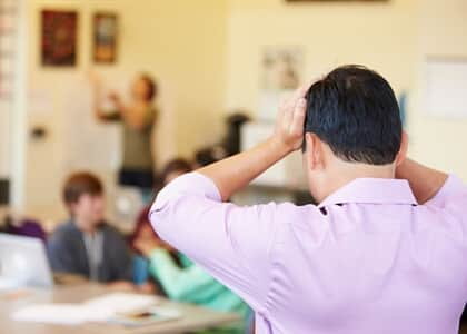"""Município é condenado por """"fuzuê"""" de alunos em frente de residência"""