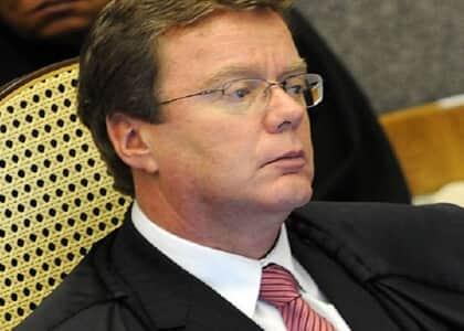 STJ nega suspensão de protestos tirados em face de coobrigados em recuperação judicial