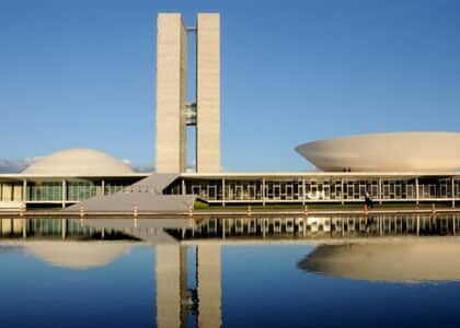 Congresso aponta ilegalidades em decreto de Bolsonaro sobre porte de armas