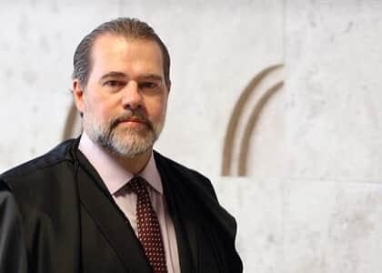 Ministro Toffoli libera importação de camarão do Equador