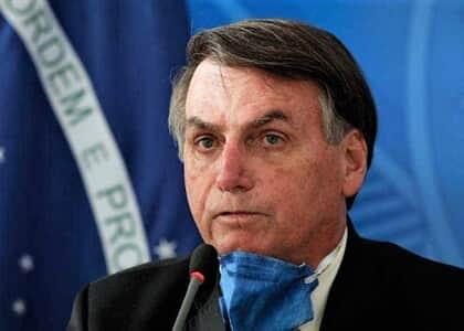 Bolsonaro volta atrás e derruba suspensão de contrato de trabalho por 4 meses