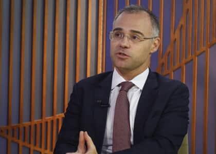 Ministro da Justiça entra com HC pedindo fim de inquérito de fake news e defende Weintraub