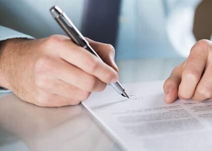 Cliente alega fraude em contrato de telefonia e acaba condenado por má-fé