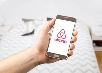 Airbnb não é responsável por infortúnios sofridos por cliente em viagem