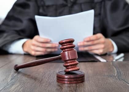 Trancada ação penal baseada unicamente em delação premiada