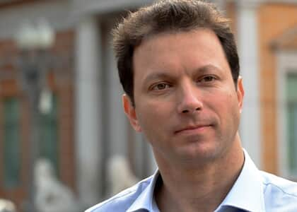 Prefeito de Porto Alegre consegue liminar para suspender processo de impeachment