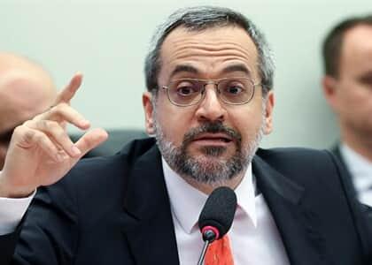"""""""Botava esses vagabundos todos na cadeia, começando no STF"""", diz Weintraub em reunião ministerial"""
