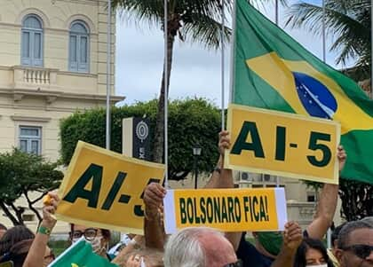MDA repudia protesto que pediu a volta do AI-5