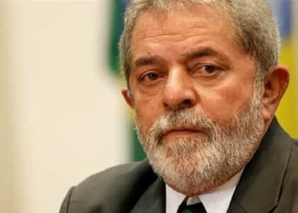 TRF-4 mantém condenação de Lula a 17 anos de prisão