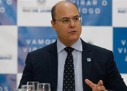 Governo do RJ suspende cobrança de consignados de servidores por quatro meses