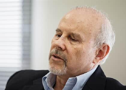 Justiça determina que Guido Mantega coloque tornozeleira eletrônica