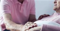 Plano de saúde deve arcar com despesas de acompanhante de paciente idoso