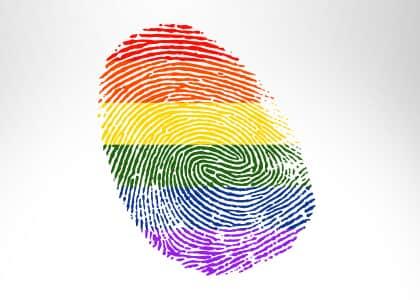 Pessoas trans, travestis e transexuais podem usar nome social em processos judiciais no TJ/DF
