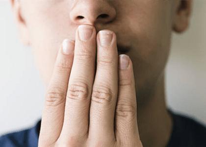 Trabalhador será indenizado após chefe mandar calar a boca