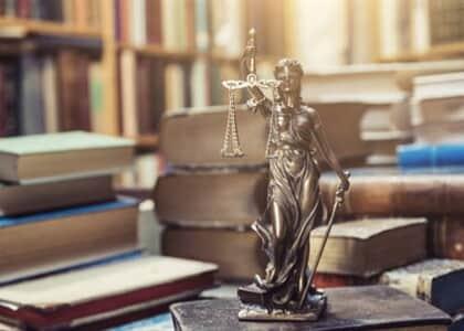 MEC autoriza abertura de mais de 1.700 vagas em Direito