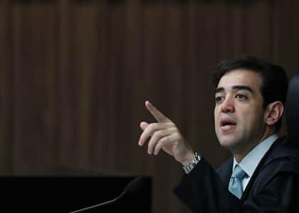Bruno Dantas, do TCU, suspende publicidades do Banco do Brasil em sites e blogs de fake news
