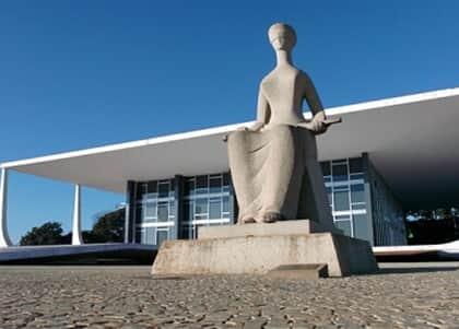 STF tem maioria por proibir expulsão de estrangeiro com filho nascido no Brasil
