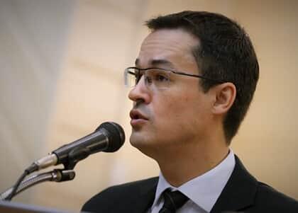 Deltan recebeu R$ 33 mil por palestra em empresa citada na Lava Jato