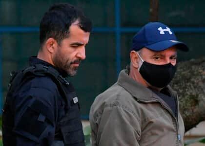 Fabrício Queiroz é preso no interior de São Paulo