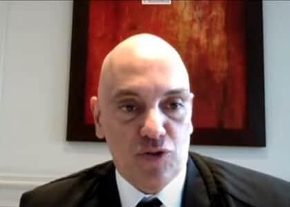 Vista de Alexandre de Moraes suspende julgamento sobre bloqueio judicial do WhatsApp