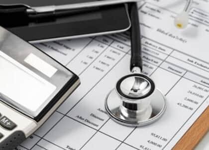 Médico cooperado consegue desconto em plano de saúde independentemente de produtividade