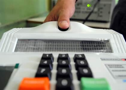 Mais de 78% do eleitorado brasileiro já aderiu à biometria
