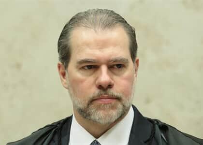 Especialista avalia decisão de Toffoli sobre compartilhamento de dados pelo Coaf